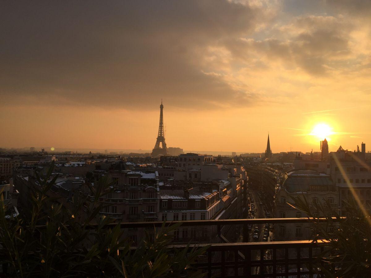 Terrasse des Champs Elysées
